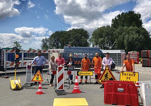 Equipe Panoloc Location Installation Panneaux de signalisation Lille