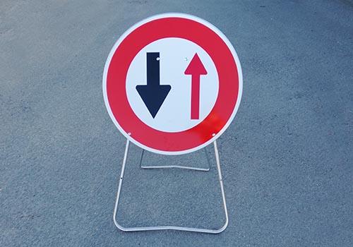 Cedez le passage au sens inverse BK15 Panneau Panoloc signalisation temporaire